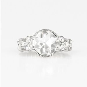 ✨3 for $10✨ Silver ring with white stone
